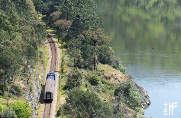 20150423_google_train_douro_portugal_08